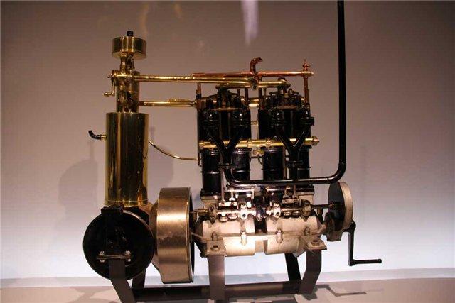 Двигатель Даймлера на 5 л.с. 1896г.