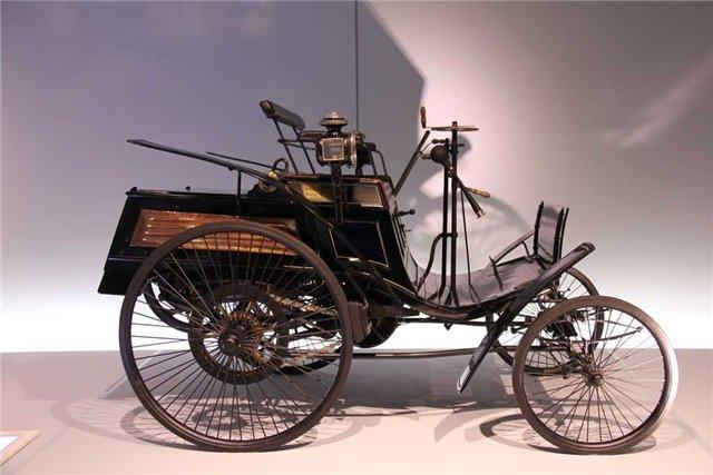 Четырехколесный Benz Velo (1045 см³; 1,5 л.с.) 1893г
