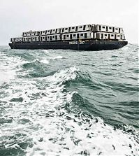 Old Subway Cars Into the Ocean