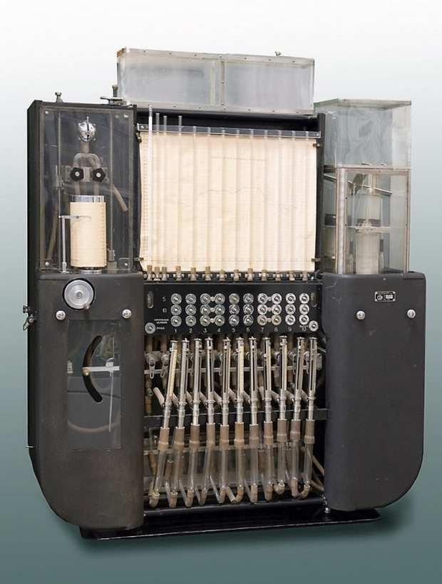 Усовершенствованный интегратор Лукьянова из музея аналоговых машин